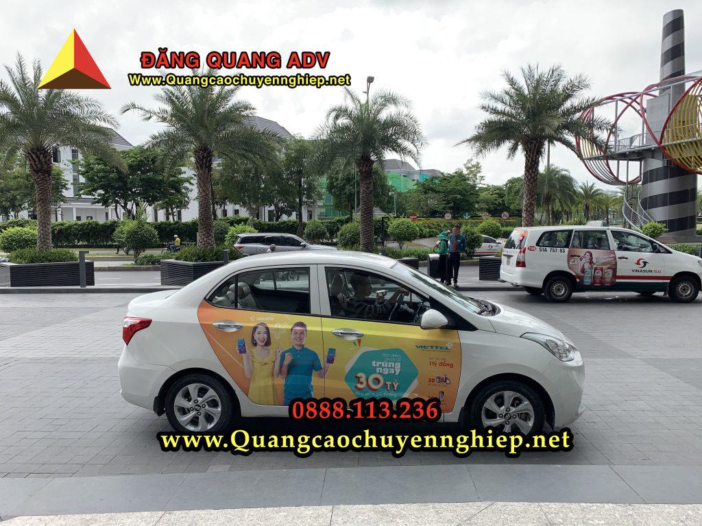 Dán Quảng cáo trên xe taxi có gì nổi bật